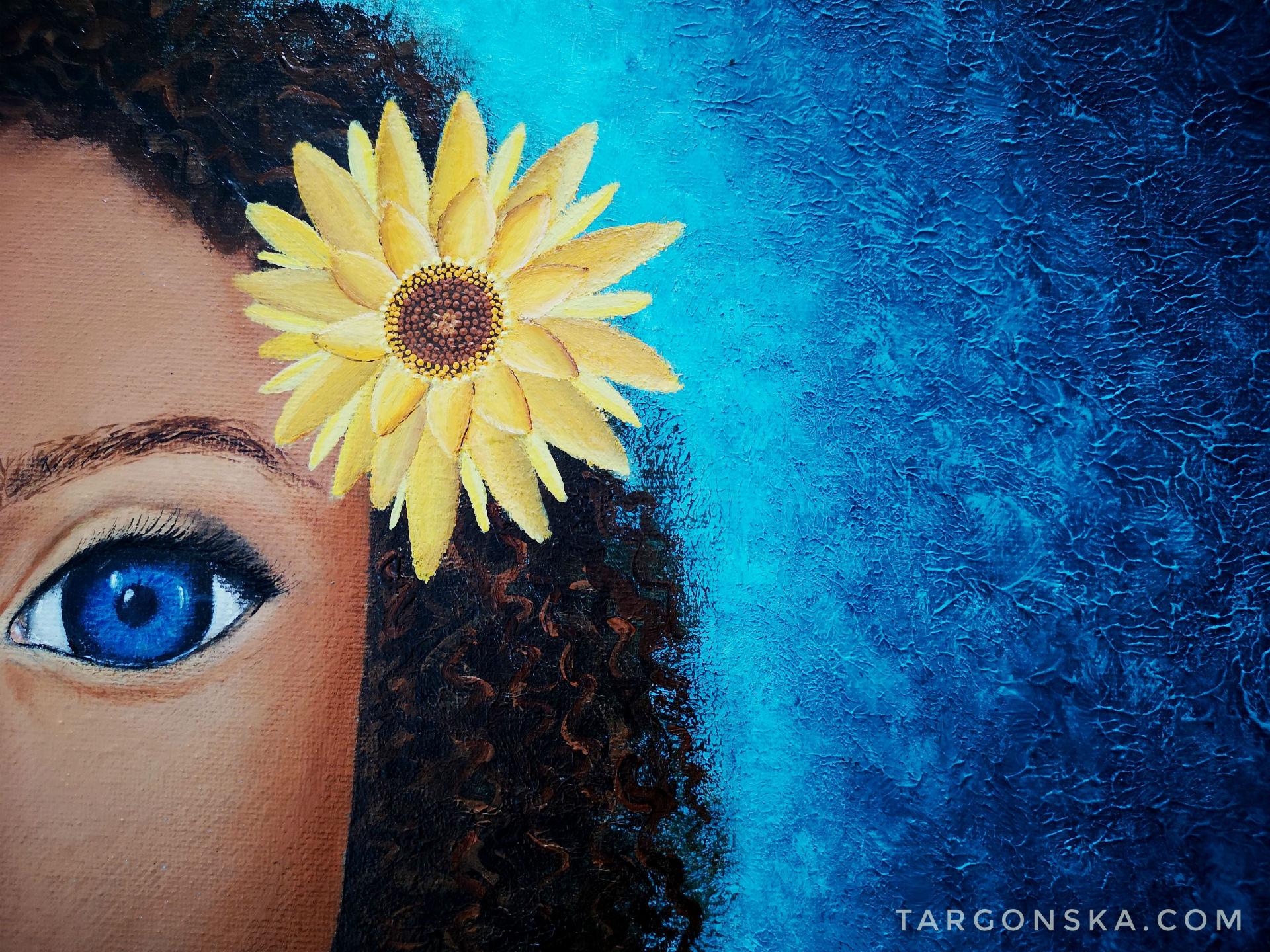 Targoska Girl with flower close up