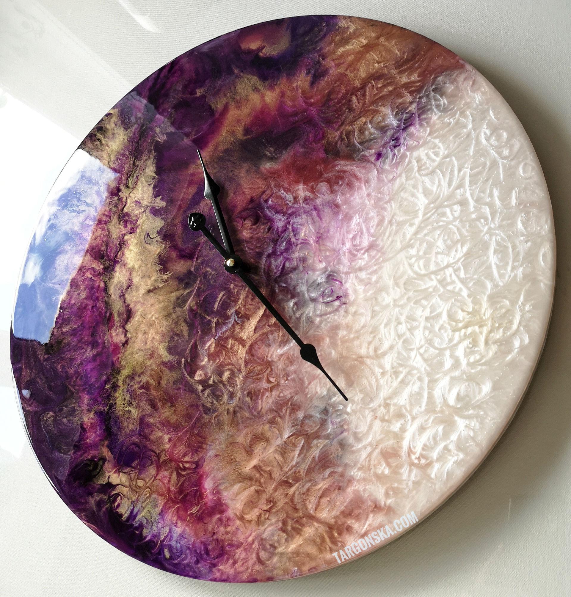 Resin Clock No. 4 Małgorzata Targońska amazing