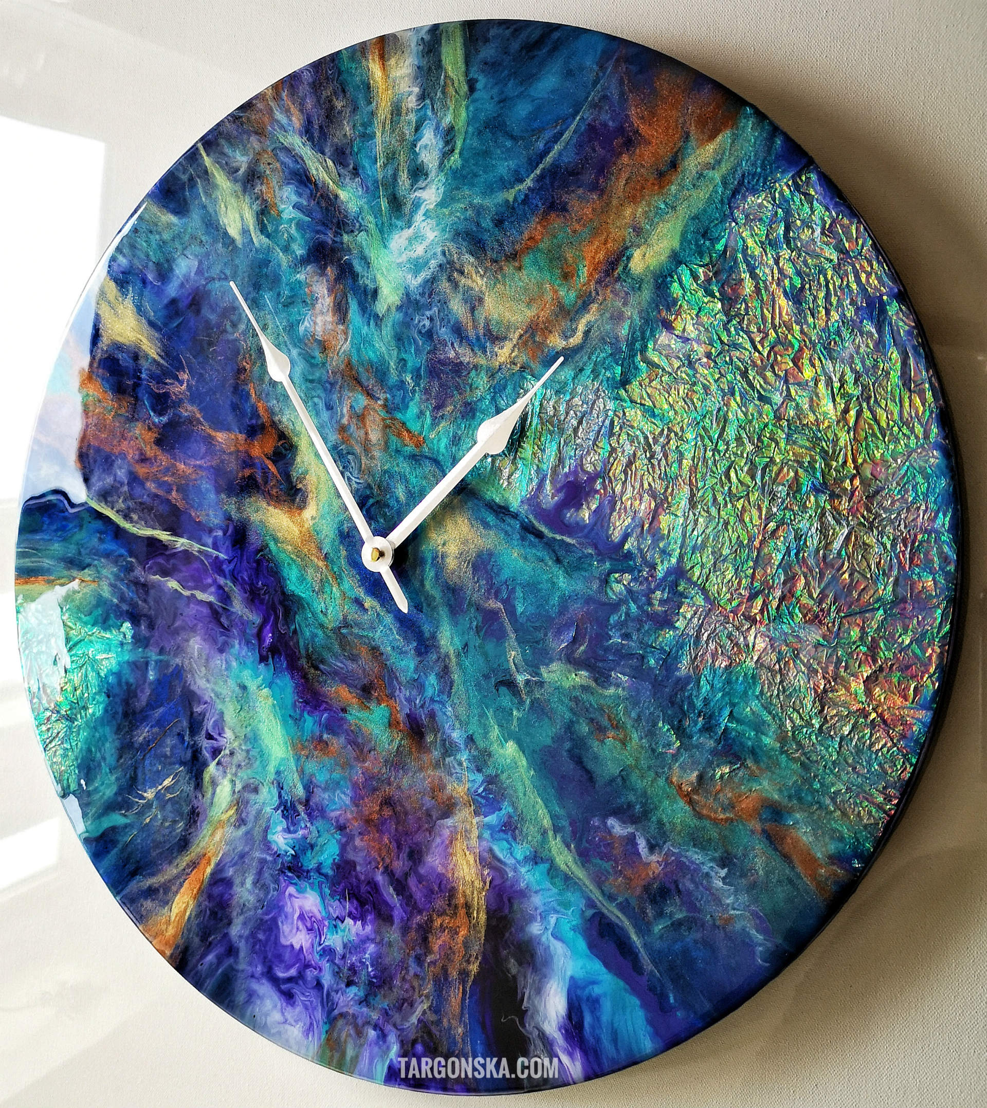 Resin art Clock no 5 Cosmic Clock Targonska